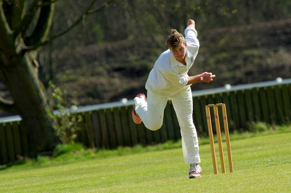Body Symmetry — Not Asymmetry — Linked to Low Back Pain Among Cricket Bowlers
