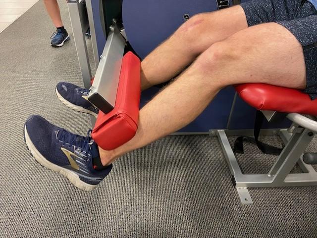 knee extension jumpers knee