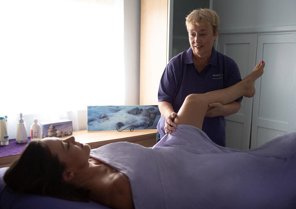 nicki lee massage therapy uk